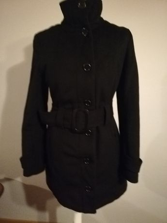 Płaszcz czarny ciepły taliowany jesienny rozmiar M