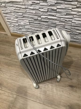 Масляний радіаторDelonghi
