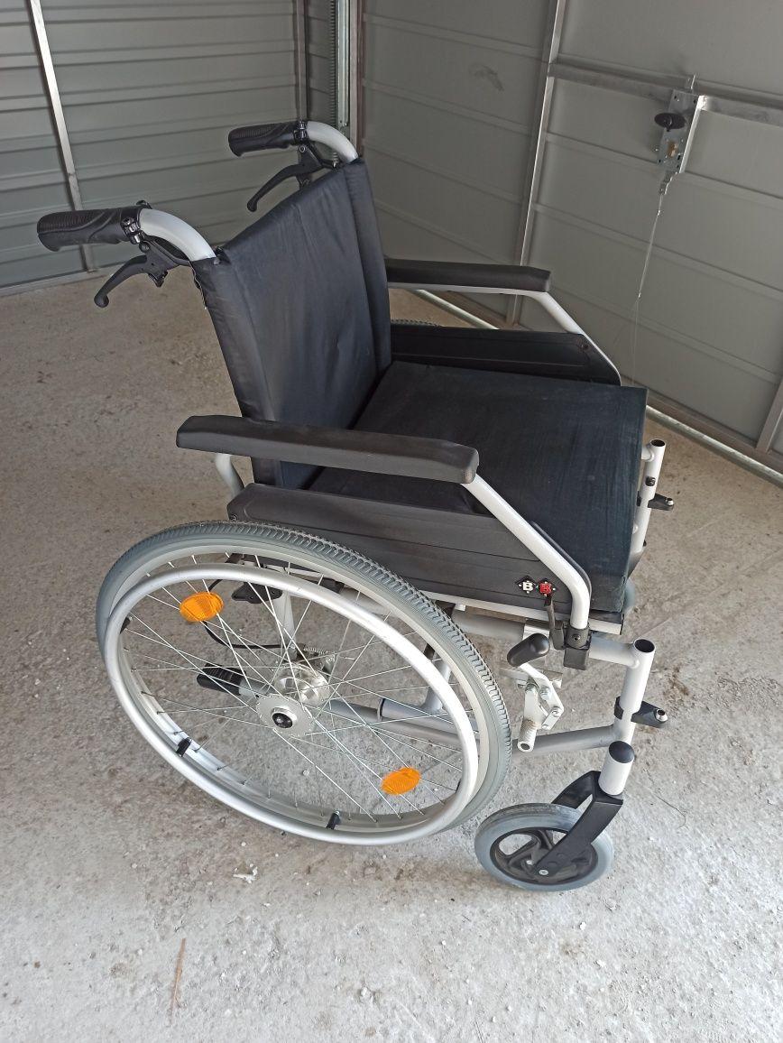 Sprzedam wózek inwalidzki NOWY