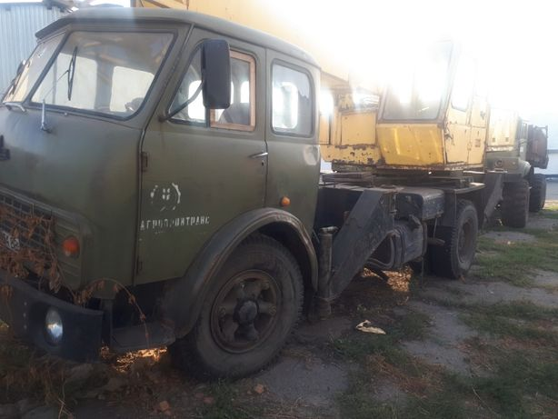 Автокран МАЗ СМК-101
