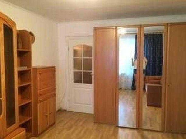 Продам 2 комн квартиру на Павловом Поле