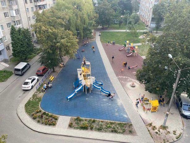 Продаж 3-кімнатної квартири по вул.Окуневського