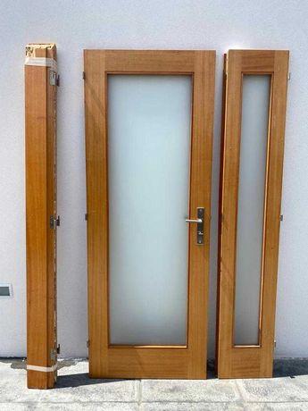 Porta Interior de Madeira c/ vidro e Vitral