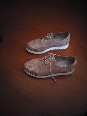 Sapato tamanho 36