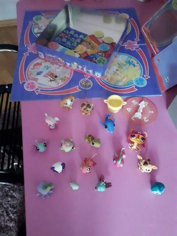 Zwierzątka Littlest Pet Shop gra +17 szt. figurek