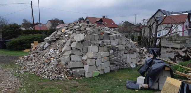 Gruz budowlany