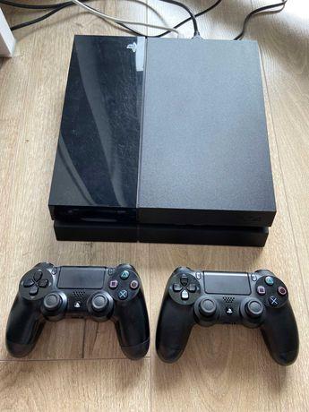 Playstation 4 1TB + dwa oryginalne pady
