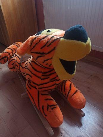 Tygrys z Kubusia Puchatka na płozach