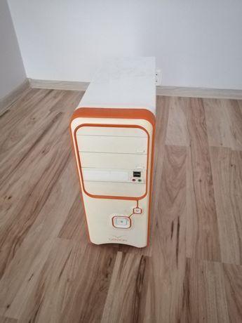 Komputer stacjonarny+monitor
