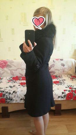 Пальто зимнее шерстяное с натуральным мехом