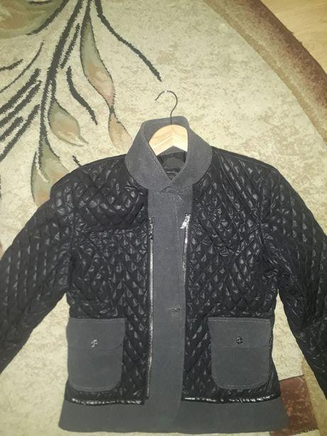 Короткий пиджак с рукавом