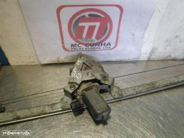 Elevador de Porta Vidro eletrico Vivaro A / Renault Trafic II - Frente Direito