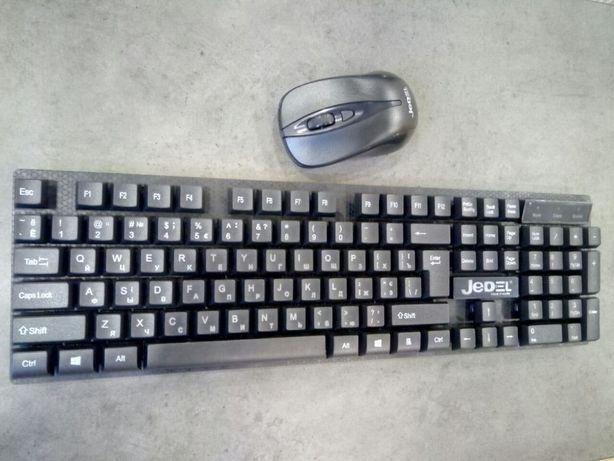 Беспроводная клавиатура + мышка на батарейках
