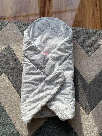 Rożek niemowlęcy Mothecare szaro-biały