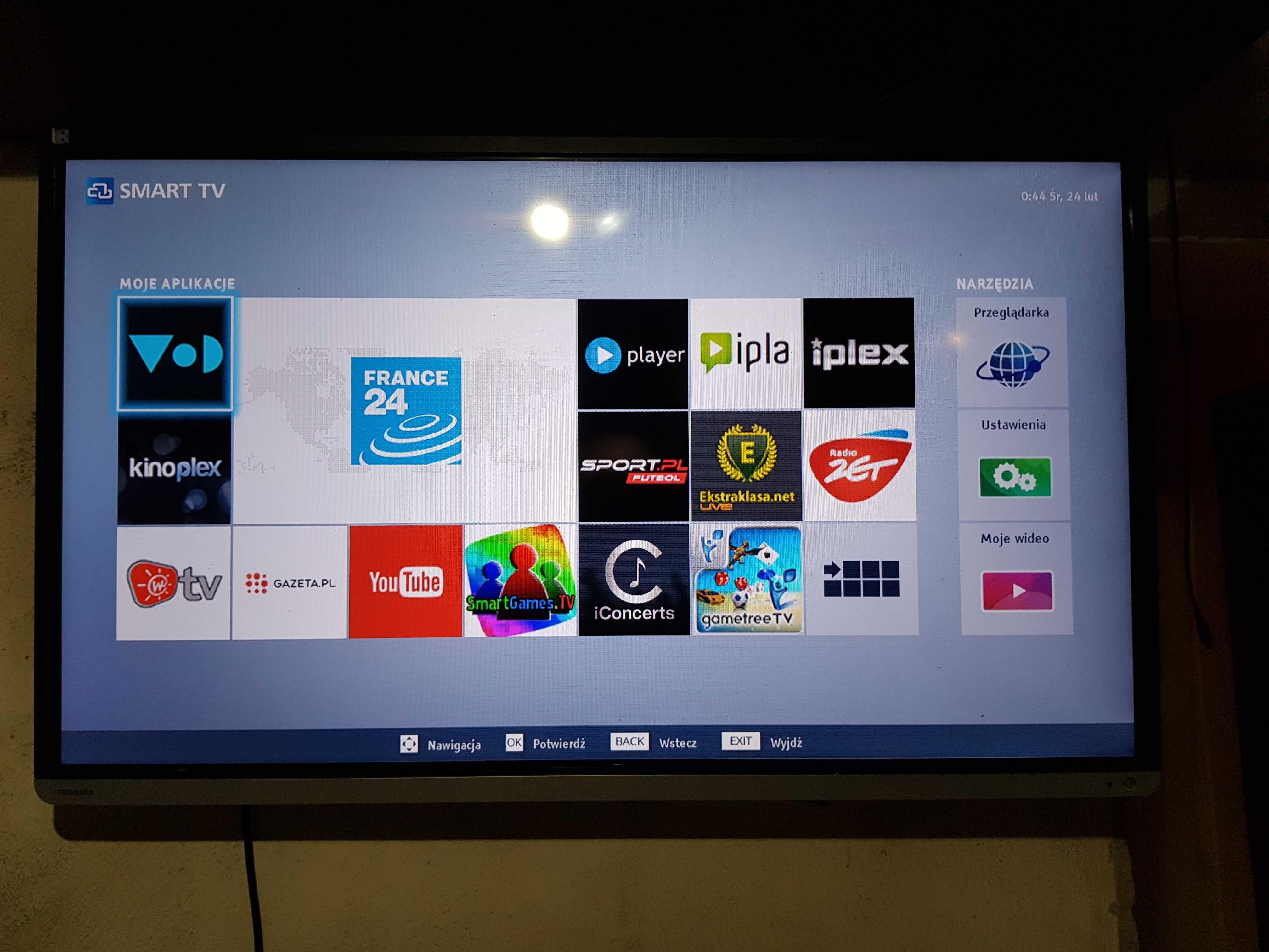 Telewizor toschiba smart tv 40 cale 3d plus okulary