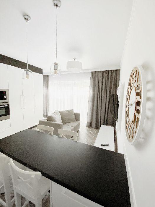 Wynajem długoterminowy unikatowe mieszkanie Darłowo - image 1
