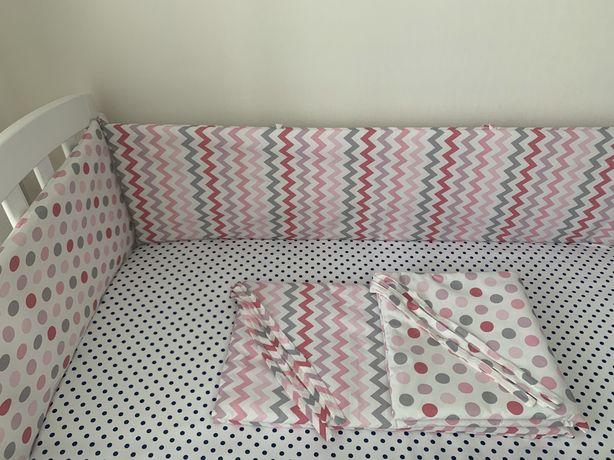 Бортики в дитячу кроватку нові