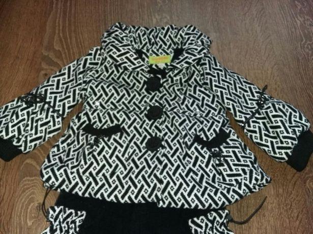Костюм для девочки куртка+бриджи. Рост 96.