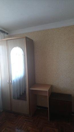 Продам комплект меблів на фото.