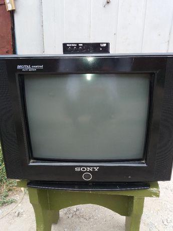 продам тв SONY в робочем состоянии с цыфровой приставкой