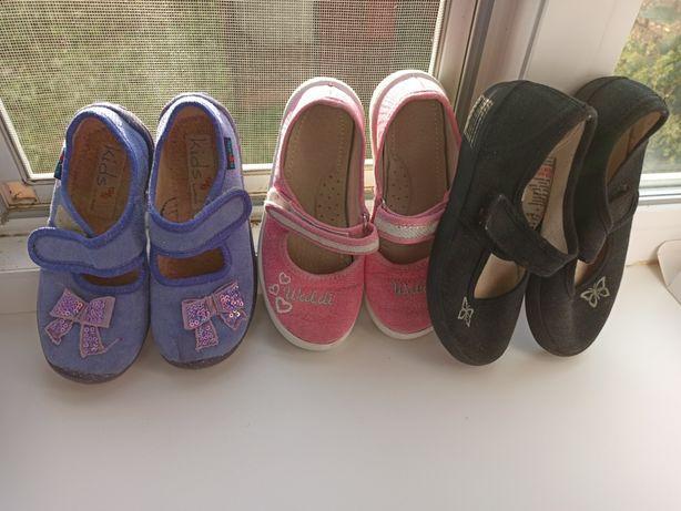 Обувь для девочки в сад