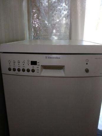 продам посудомоечную машину Elektrolux ESF 4150