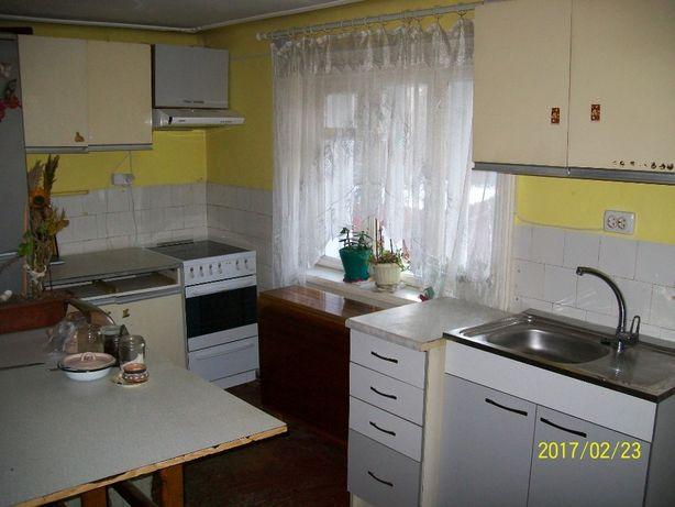 Будинок цегл. 86 м кв.р-н вул Південно Кільцева три кімнати газ 0,10га