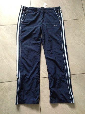 Spodnie dresowe granat z błękitem Nike