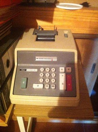 máquina registadora antiga