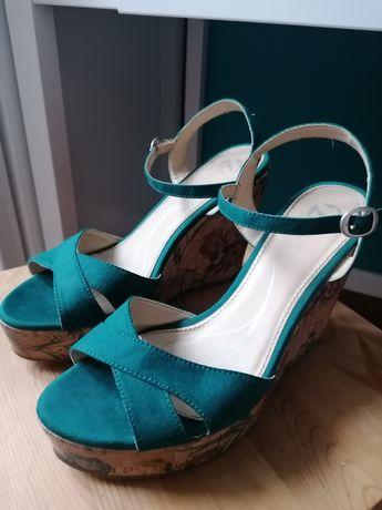 Buty Bata 39 sandały na koturnie