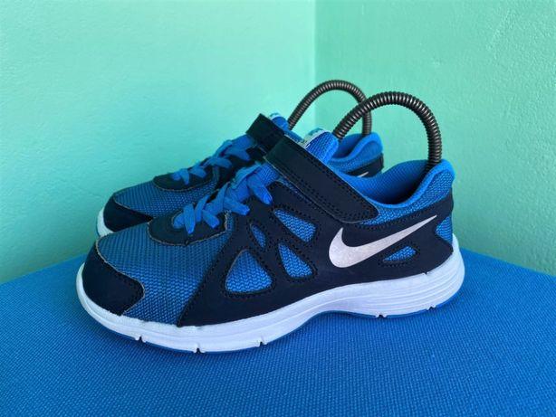 Кросівки Nike Revolution 2 (шкіра)