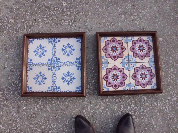 2 quadros com azulejos antigos