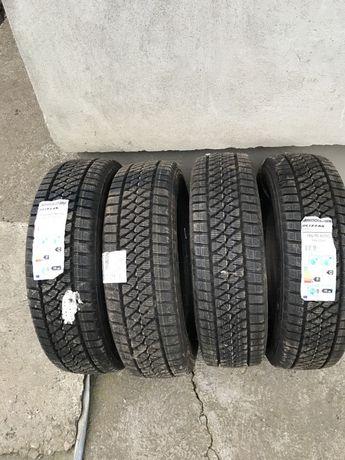 Шини, колеса, резина Bridgestone Blizzak W810 195/70 R15C