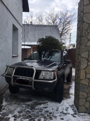 Кенгурятник Jeep с зашитой фар
