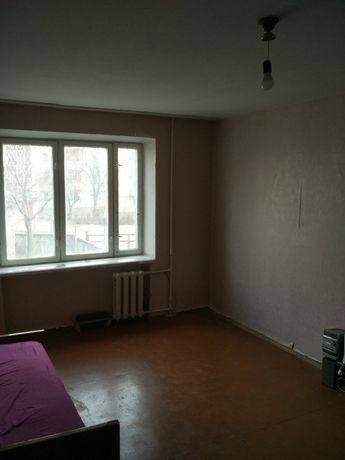 Продам велику кімнату в гуртожитку!