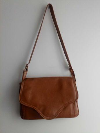 Ruda torebka na ramię