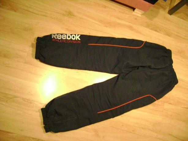 Spodnie dresowe chłopięce Reebok rozm. 152
