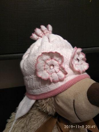 Зимние тепленькие шапки