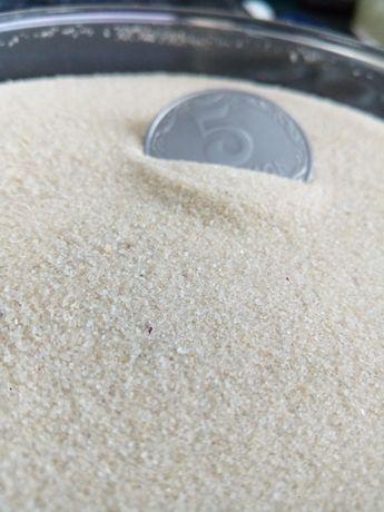 Кварцевый песок. Сухой белый песок. Кремовый песок