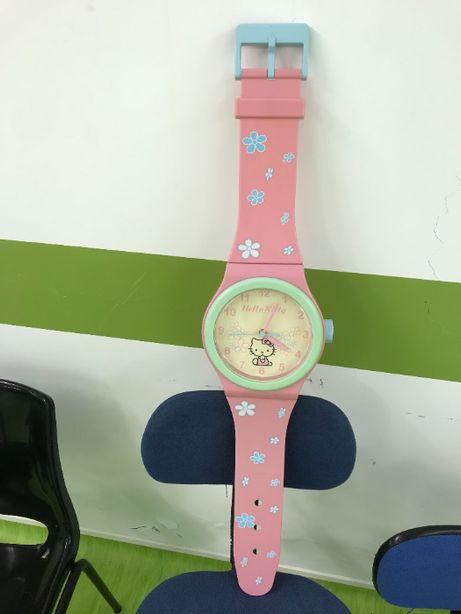 Relógio de Parede Hello Kitty