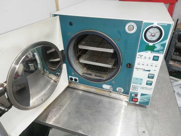 Autoclave para esterilizar material clinico