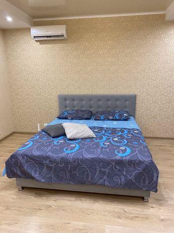 Свободна 1-к. люкс возле Метро Шулявская посуточно от хозяина.