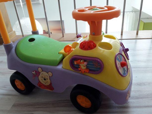 jeździk pchacz samochodzik zabawka elektryczna z bajki Kubuś Puchatek