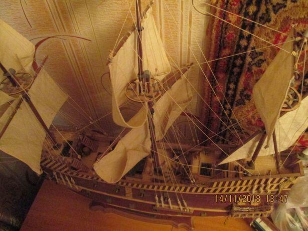 корабли из бумаги и пластика.деревянный сан джовани батиста.