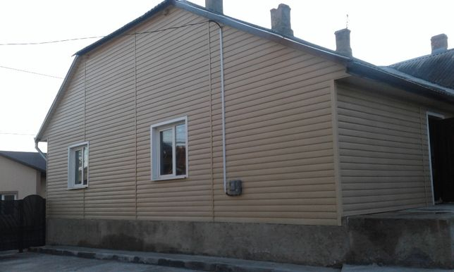 2-км.кв. в особняку, центр Садгори, 76 кв.м, каналізація, водопровід