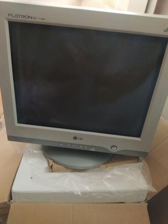 Монитор компьютера экран LG Flatron ez T710BH