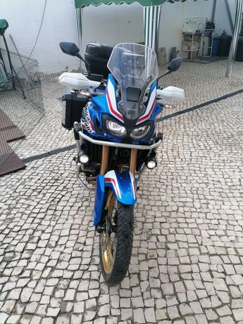 Africa Twin DCT  CRF1000 L Tricolor