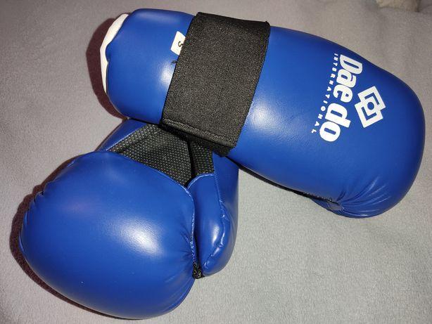Перчатки и защита рук для единоборств, бокса (фирменные- Dae do)