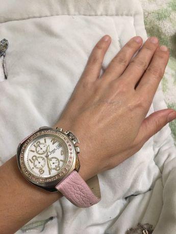 Часы женские  Freelook
