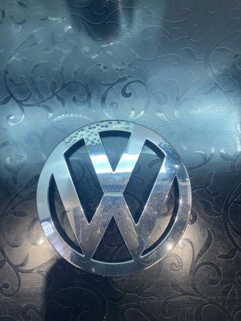 Эмблема Volkswagen Т 5